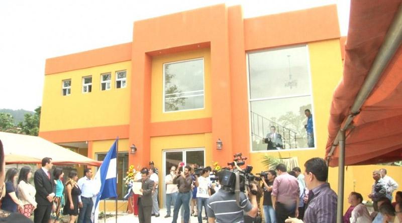 Tras acuerdo, Colegio de Periodistas comienza a dudar de la palabra de Mauricio Oliva (VIDEO)