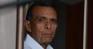 «Pueblo hondureño tiene derecho a saber si JOH usa su cargo como escudo»: Pepe Lobo