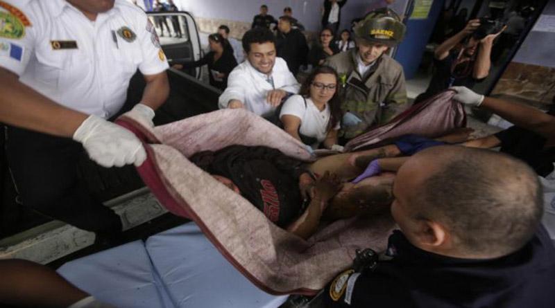En  Guatemala mueren quemados 20 adolescentes internos en hogar