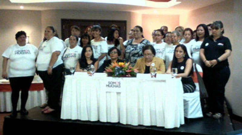 Feministas rechazan amenazas contra estado laico