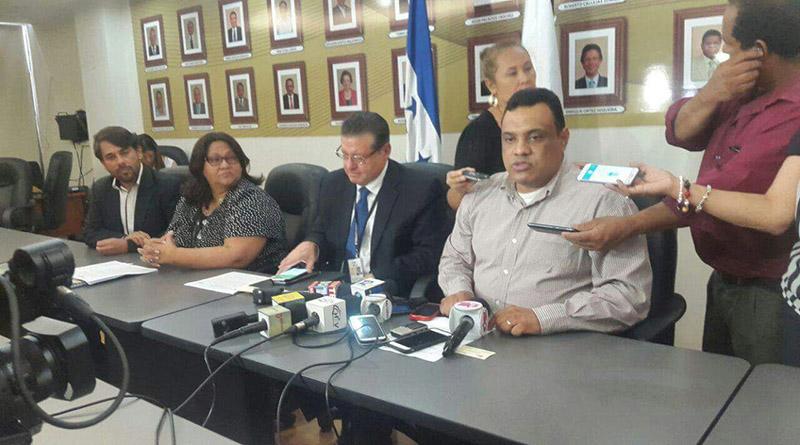 Pastoral Social Caritas, apocalipsis, Política hondureña