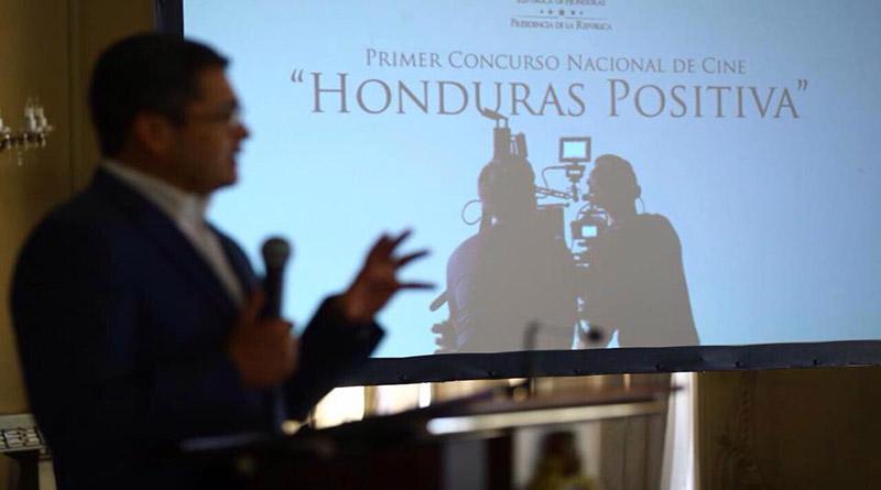 Desde Casa Presidencial quieren imponer ley de cine sin consensuarla con cineastas
