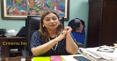 Rocío Tábora debe responder a la justicia independientemente de su renuncia