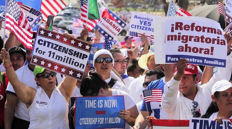 Defensores de los inmigrantes advierten que Trump podría cancelar el DACA