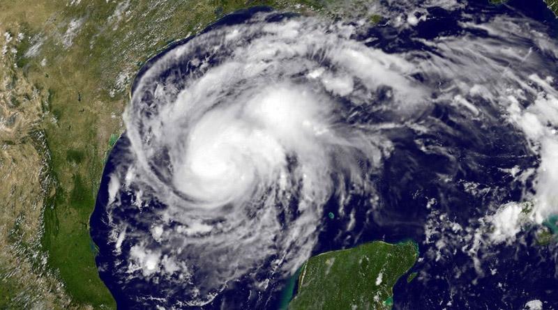 Huracán Harvey alcanza categoría 4 y aterroriza a Texas