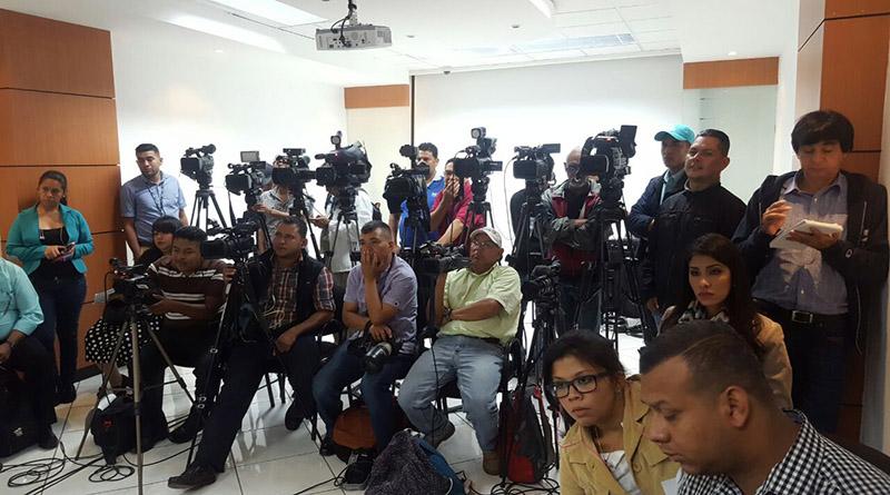 Reporteros Sin Fronteras preocupados por los periodistas en el marco de una ilegal reelección en Honduras