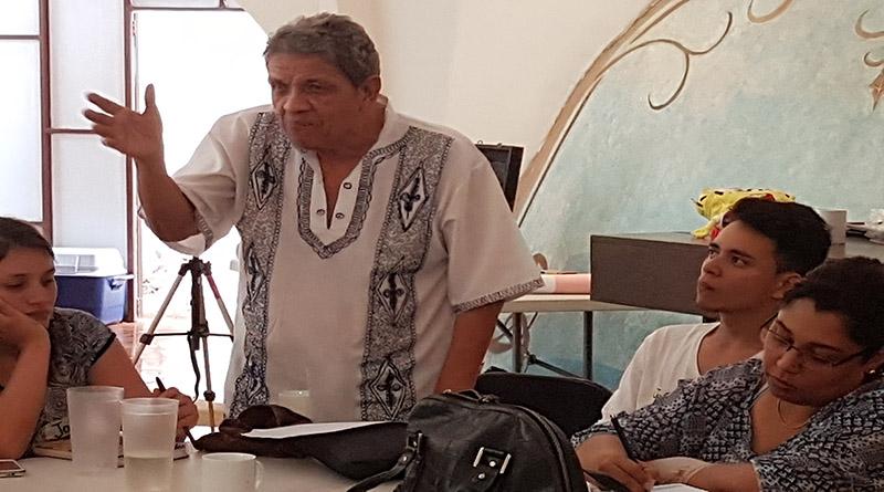 """""""Aquí no hay democracia"""": Juan Almendares Bonilla"""