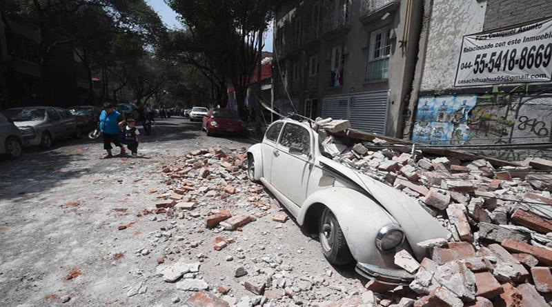 Fuerte terremoto de 7,1 grados sacude México