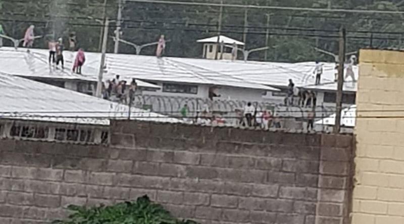 Motín en cárcel de El Porvenir: unos 200 reos intentan fugarse