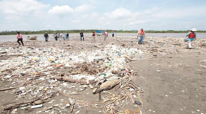 contaminación en bahía de Omoa