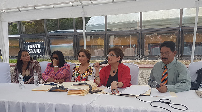 Comisionada María Luisa Borjas menciona a Gladis Aurora López y su esposo entre los señalados en el asesinato de Berta Cáceres