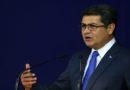 Hernández se acerca cada vez más al gobierno autoritario y a la dictadura total