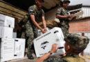 Militares de Honduras comienzan a trasladar el material electoral