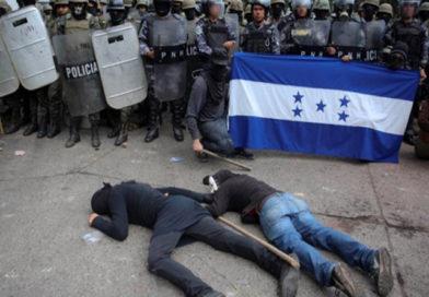 La lucha política revolucionaria es un proceso de esencia intercultural