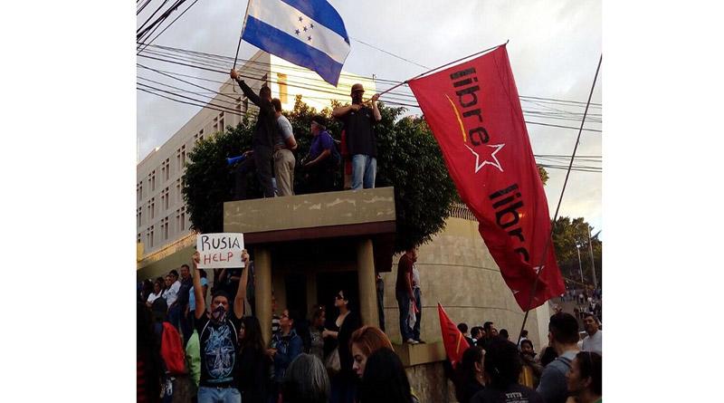 Arrecian protestas en NYC por crisis política enHonduras
