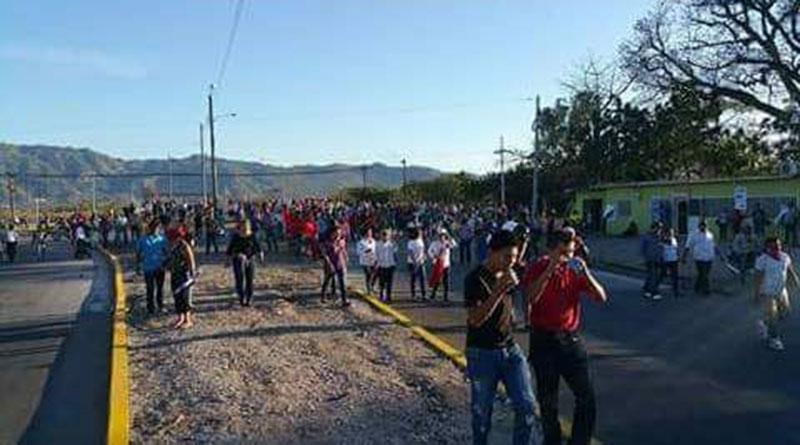 Seis de cada 10 jóvenes deportados de Choluteca y Valle planean volver a migrar