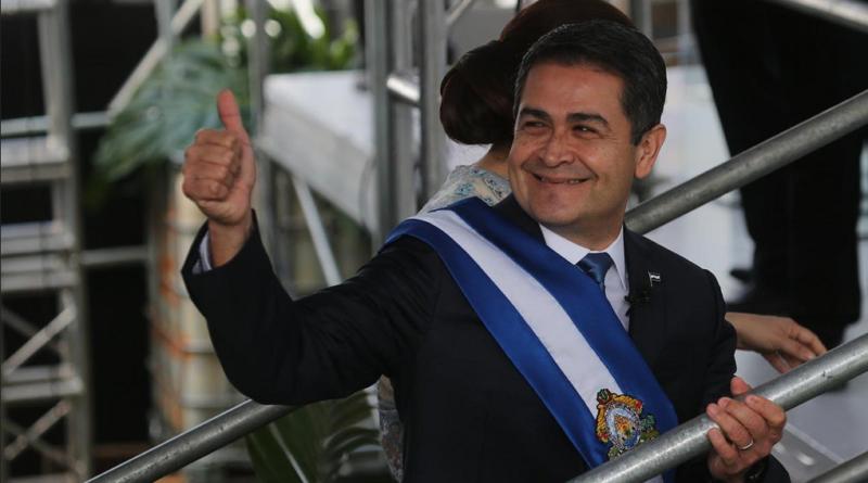 Juan Hernández busque quedarse en el poder