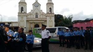 policias y militares hondureños
