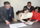 Con protesta diputados electos de Libre retiran credencial del TSE (Vídeo)