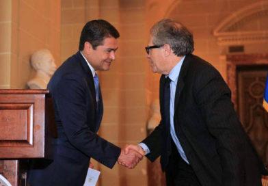 Julio Arbizú confirma pacto entre JOH y secretario de la OEA e indica que hubo presiones para no investigar asesinato de Berta Cáceres