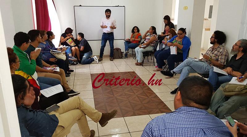 Profundo rechazo a ley que regula las redes sociales en Honduras