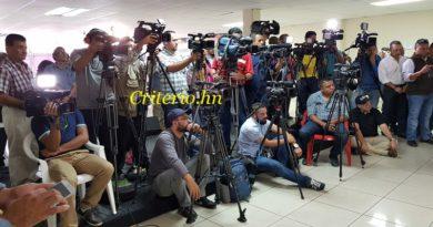 Embaucan a periodistas de Honduras en Instituto de Pensiones