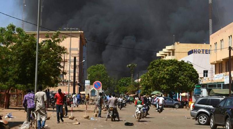 28 muertos deja ataque a embajada francesa en Burkina Faso