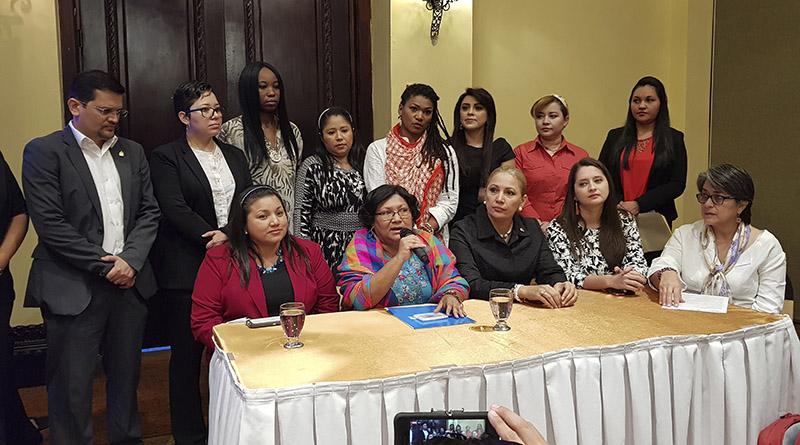La lucha política de las hondureñas