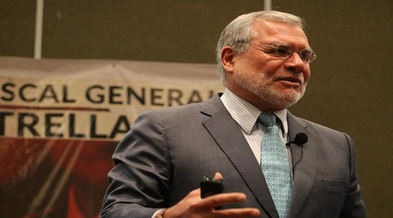 Expresidente de Transparencia Internacional hace lobby para que el Fiscal Óscar Chinchilla sea reelecto