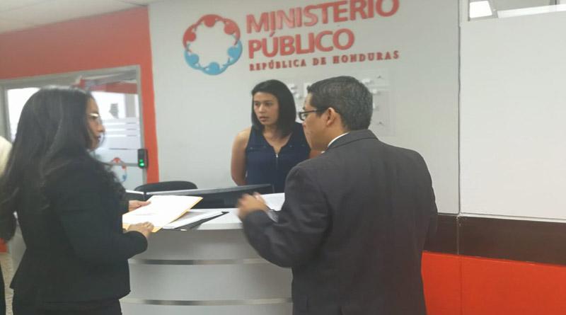 CNA presenta denuncia de corrupción