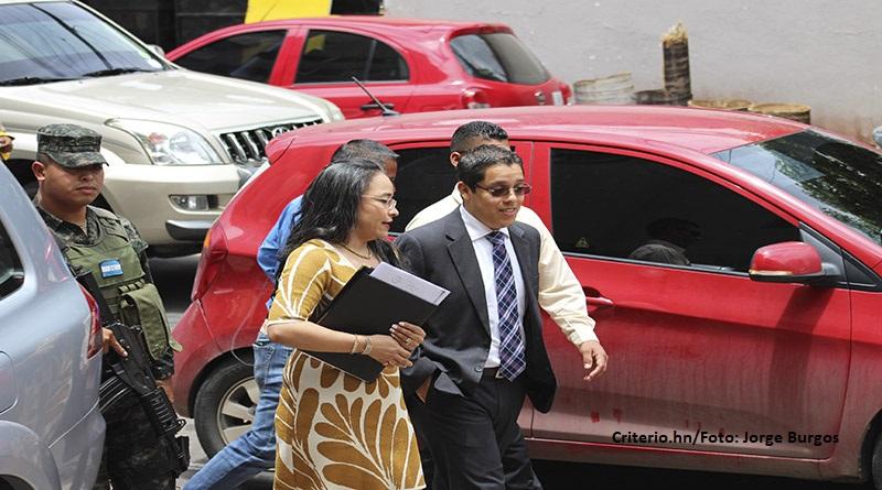 CNA pide transparencia en negociaciones entre gobierno y transportistas