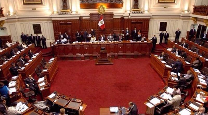 El Congreso de Perú aprobó una ley que prohíbe la publicidad estatal en medios privados