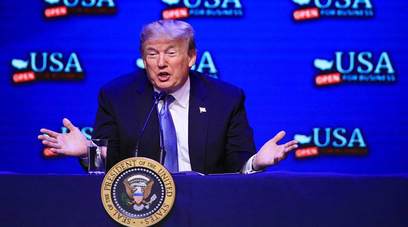 """Trump anuncia construcción de """"ciudades carpas"""" para los migrantes"""