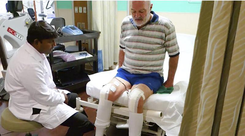 Vecino de Roatán recibe reemplazo de rodillas en Islas Caimán