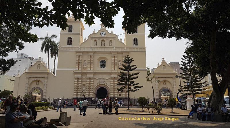 La Iglesia Católica da cátedra de impunidad