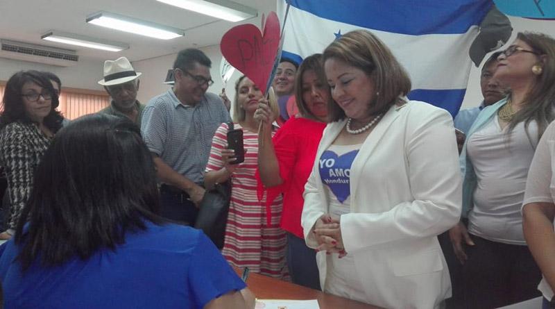 Corazón azul ahora va por su partido político