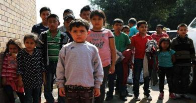 Juez de EE.UU congela temporalmente deportación de familias reciénreunificadas