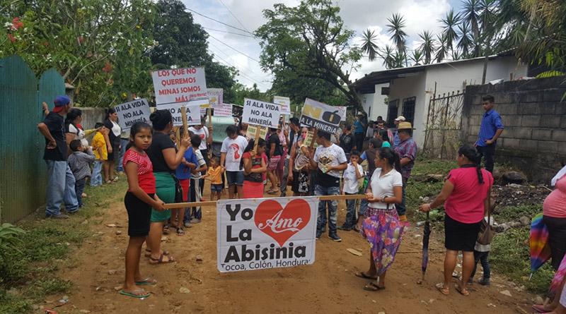 Pobladores de La Abisinia en Tocoa, Colón dicen no a la minería