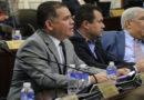 Magisterio exige a diputado Marco Velásquez que retire proyecto que pretende usar fondos de pensiones