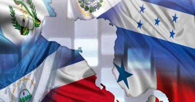 Cinco libros que tiene que leer para entender a la Centroamérica de hoy