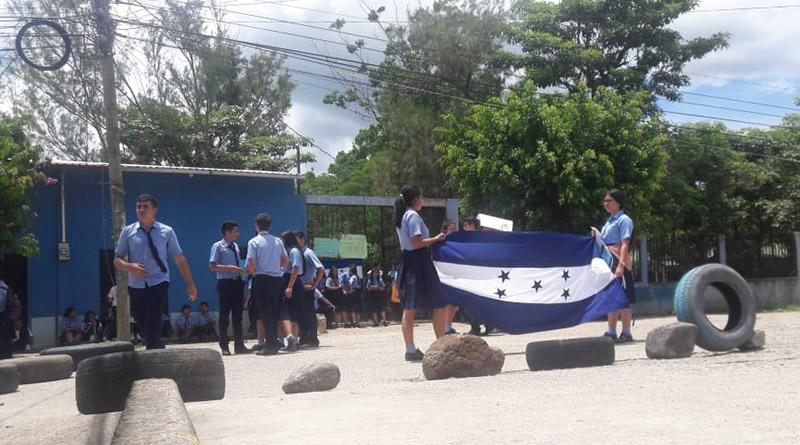 Estudiantes de antigua Normal de Occidente se toman instalaciones porque ministerio de educación la está cerrando
