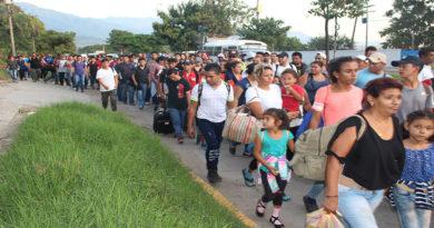 Embajada de EE.UU advierte que ellos hacen cumplir sus leyes de migración