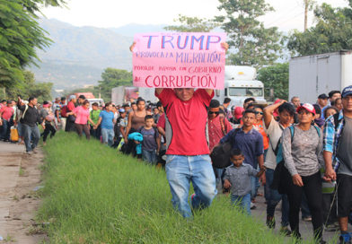 Debilidad fiscal de países del Triángulo Norte agudiza crisis migratoria
