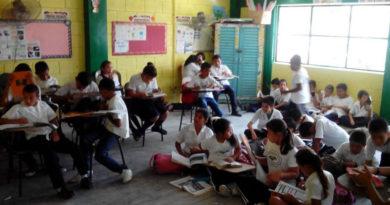 Clases semipresenciales Covid Honduras