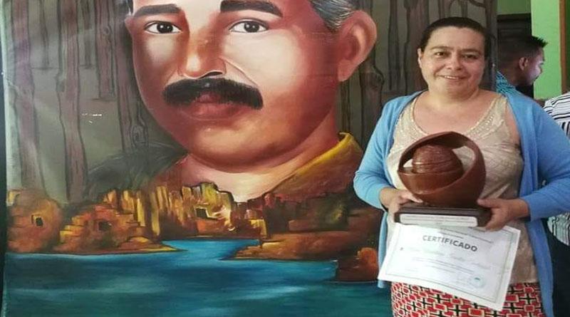 """premio """"Carlos Escaleras"""