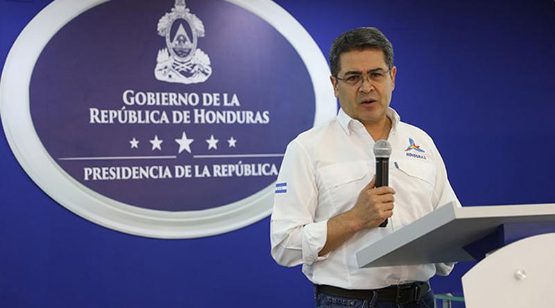 """Juan Hernández le envía un abrazo """"cachureco"""" a Pepe Lobo"""