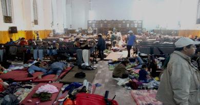 """La Migra"" libera a más de 375 mil inmigrantes"