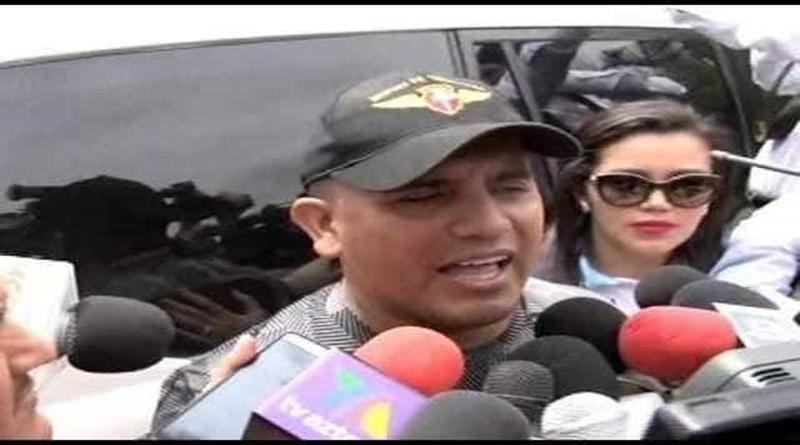 Jefe de las FF.AA. y ministro de Seguridad de Honduras