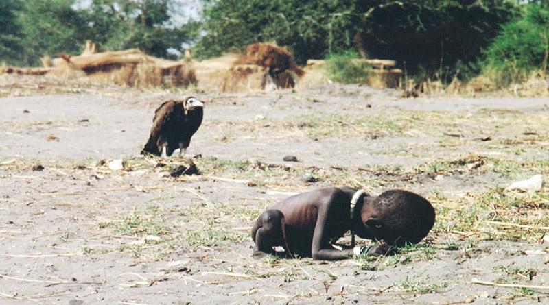 Kevin Carter el periodista que se suicidó después de mostrar la hambruna en Sudán