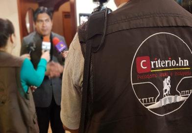 """CRITERIO.HN: cinco años de """"jorobar"""" al poder"""